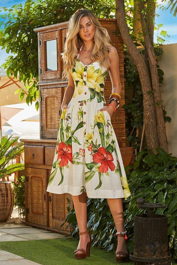 eecbaf236310 Vestido Estampado Floral Foto: Reprodução Pinterest Vestido Estampado  Floral Longo